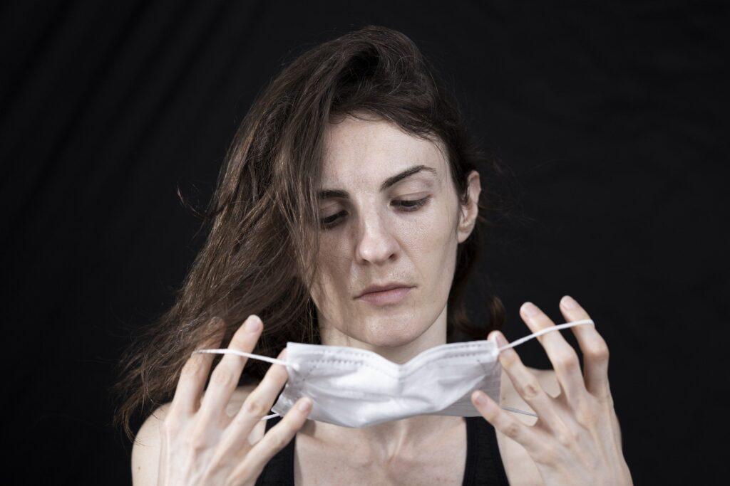 Ženske med pandemijo: Več neplačanega dela, manj enakopravnosti