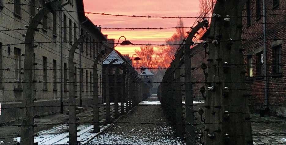 Sporočilo generalnega sekretarja ob svetovnem dnevu spomina na žrtve holokavsta