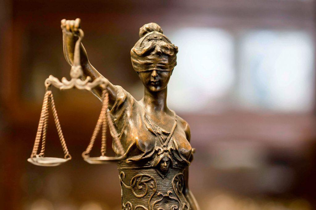 Mednarodna konferenca Primerjalno pravni pregled in sodno varstvo enakosti spolov