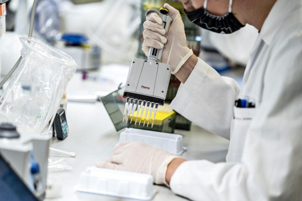 Pandemija COVID-19 skozi odziv SZO in EU: III. del