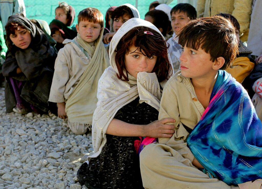 """Za Afganistan zbrana milijardna pomoč. Talibani: """"Delovali bomo transparentno."""""""